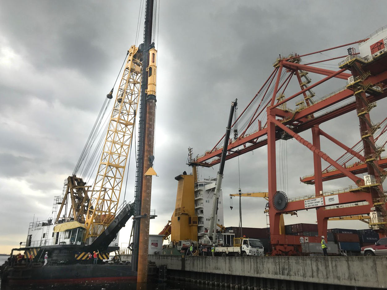 Piling Works at Berth 7